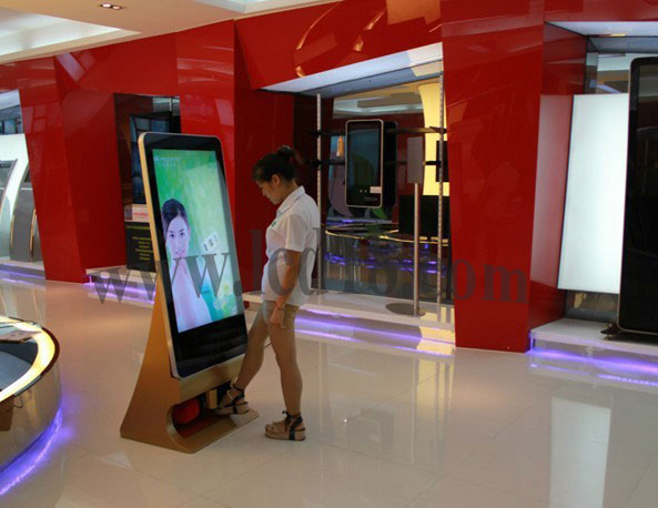 65inch big LCD kiosk digital signage with 4G, Android remote control advertising stand with WIFI